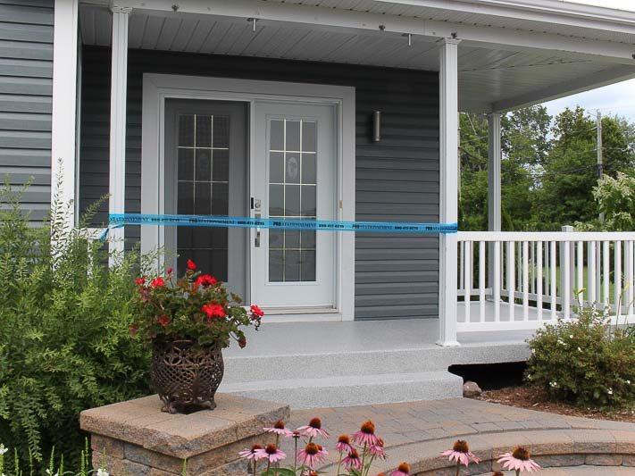 perron-veranda-revetement-polyurea-levis