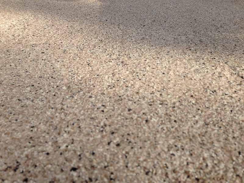 perron-slap-beton-texture-flocons-polyurea