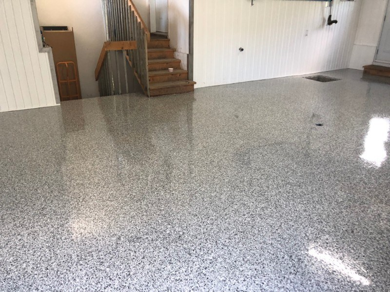 garage-residentiel-plancher-beton-reparation-Epoxy-polyurea-flocons-Prostationnement